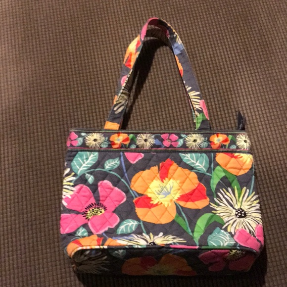 Like new. Vera Bradley mini tote bag. M 5beccac1819e90743fa71759 067548bf6a968